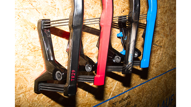 plastic elastic forks